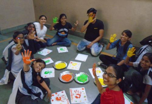 a-group-of-mentors-and-mentees-hand-printing-main